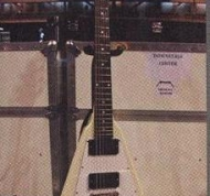 ESP Flying V (Replica od The Kill'em All V) (White) (1)