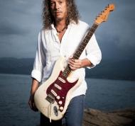 Fender Stratocaster '64 (2)