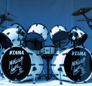 lars-ulrich-drum-set-black-album.jpg