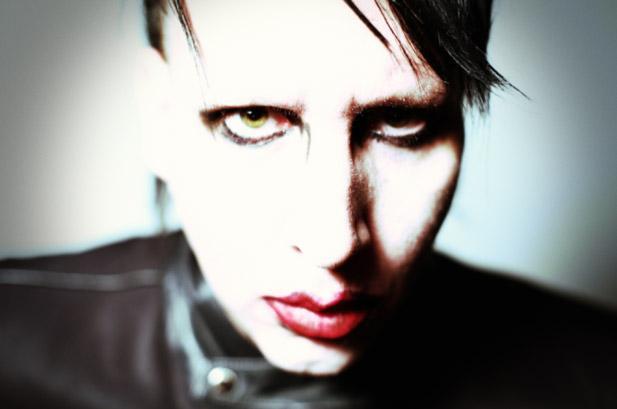 """Marilyn Manson wcieli się w rolę rasisty w serialu """"Sons of Anarchy"""""""