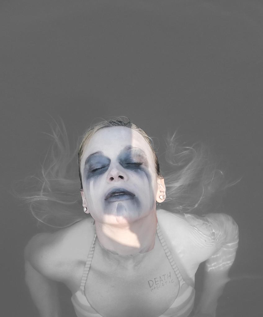 #27 - Joanna: Kąpiel w metalowej wodzie!!!